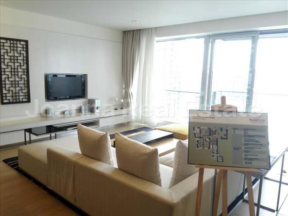 浦东新区,服务式公寓,3室2厅3卫247平米,RMB       64000.00元/月