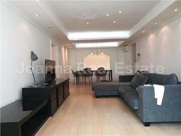 徐汇区,公寓,3室2厅2卫141平米,RMB       18000.00元/月