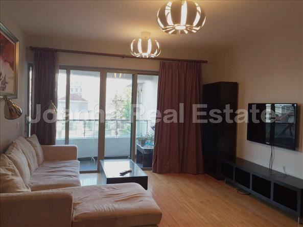 静安区,公寓,3室2厅2卫132平米,RMB       20000元/月