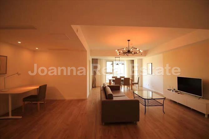 静安区,服务式公寓,3室2厅2卫183平米,RMB       30000.00元/月