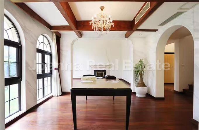 闵行区,别墅,4室3厅4卫269平米,RMB       40000.00元/月
