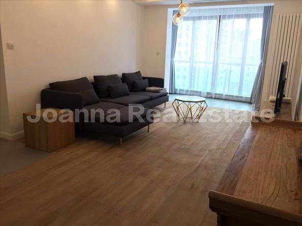 黄浦区,公寓,3室2厅2卫150平米,RMB       28000元/月